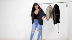 Provocative & Spicy Brunette Vixen In Tight Jeans Bouncing Her MAss-Holeive Bubble Ass-Hole On Web-cam!