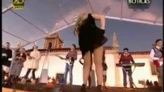 Up Her Dress Singer Portuguese