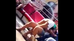 Under Her Skirt Feria Juego Mecanico